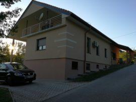 Fasada Kojuhovje (družina Težak)